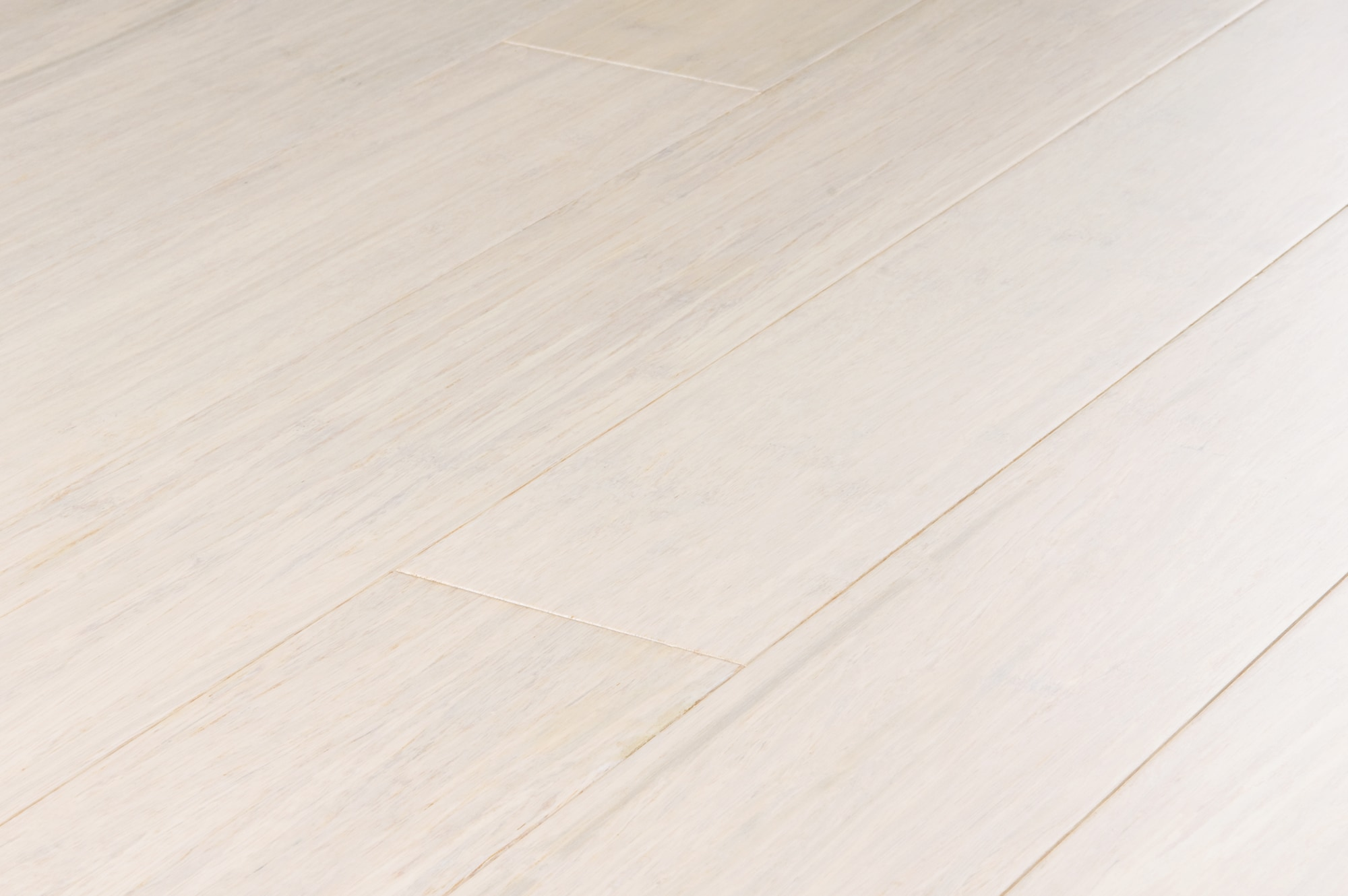 Yanchi Stained Lock Solid Strand Woven Bamboo Flooring White