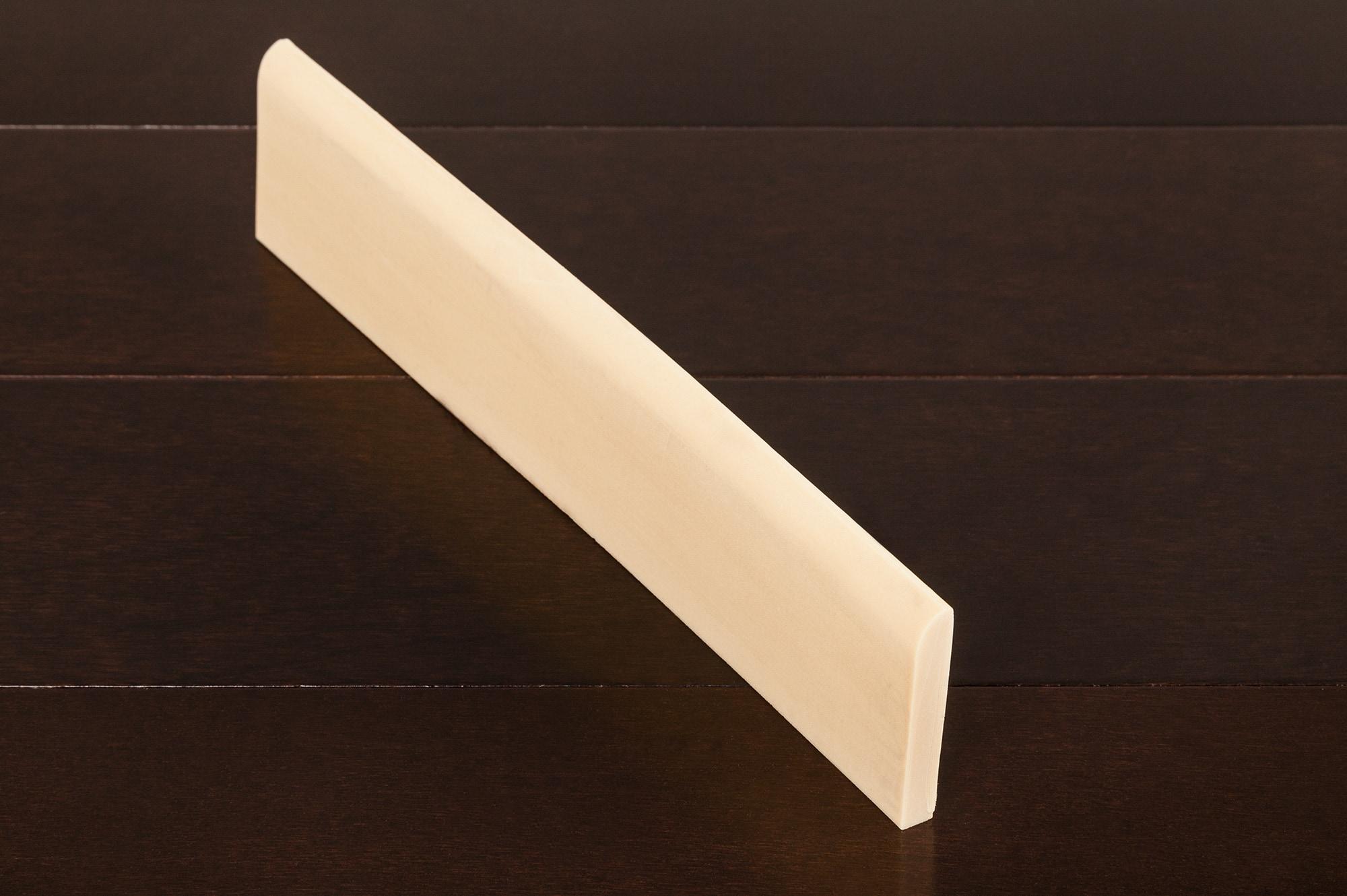 "Streamline Base - 3/8"" x 2 1/4"" x 8' / Streamline Base - 3/8"" x 2 1/4"" x 8' Moldings - Flexible Baseboards 0"
