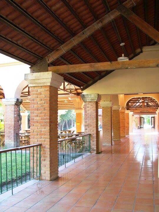 15134978-terra-cotta-patio2