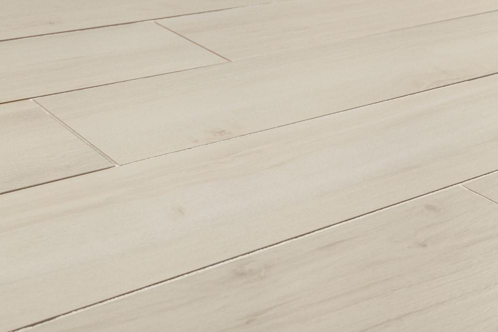 15000009-white-8x48-angle