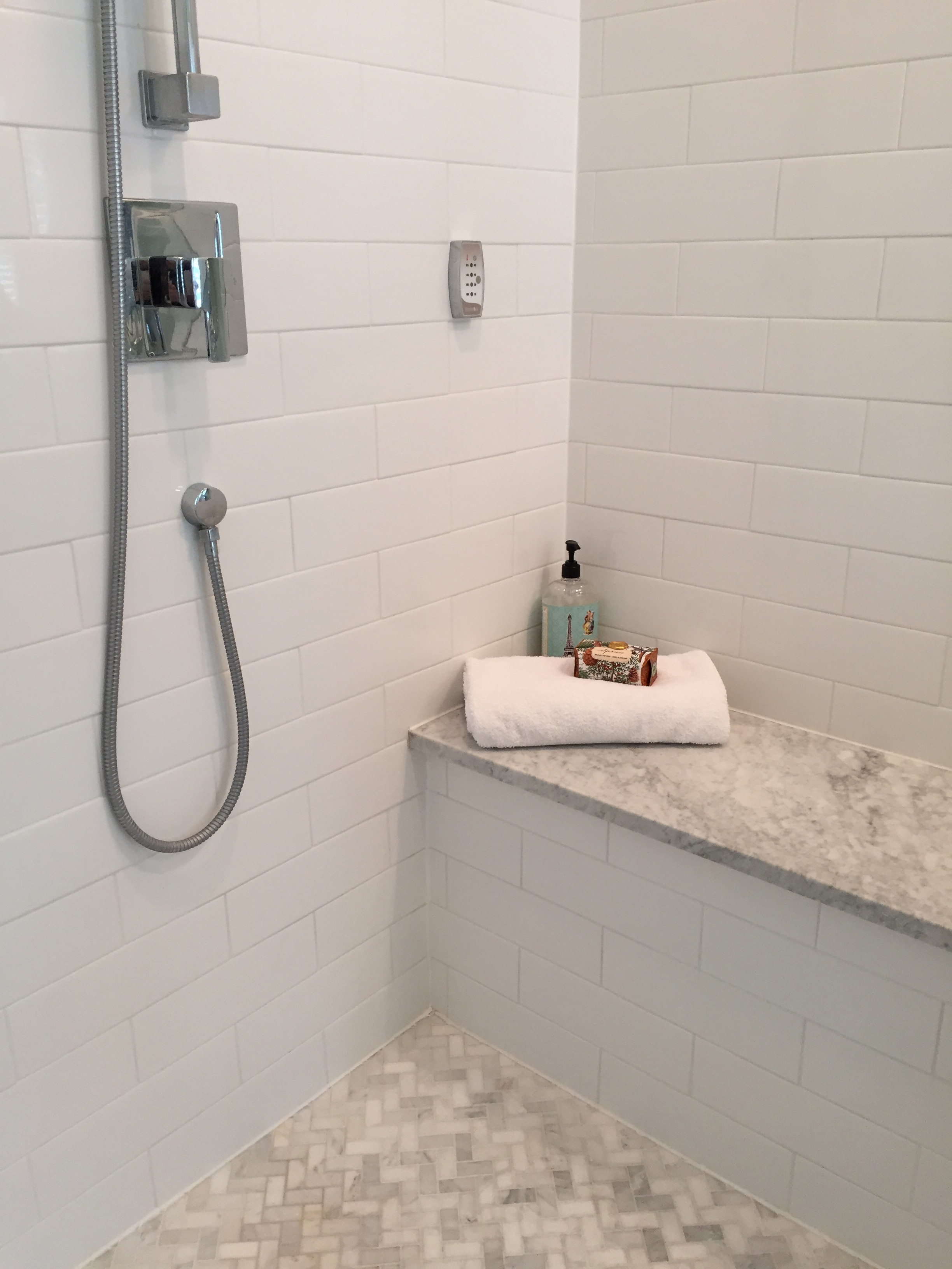 Hammersmith subway tile white 4x12 gloss dailygadgetfo Gallery