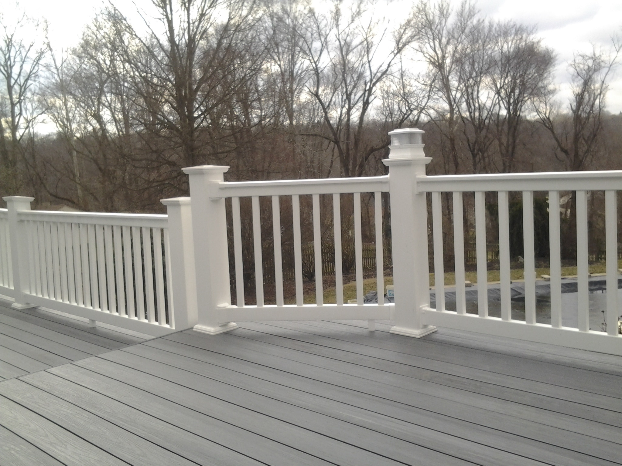 "Longevity Vinyl Deck Railing System White Rail Section 42"" 6"