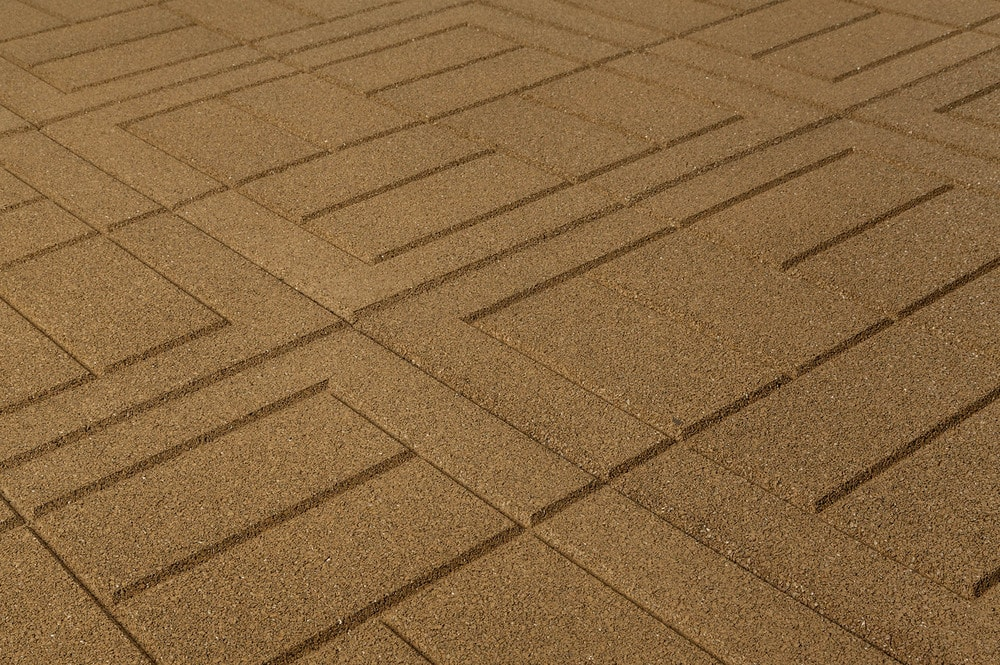 brava-outdoor-interlock-beige-brick-angle