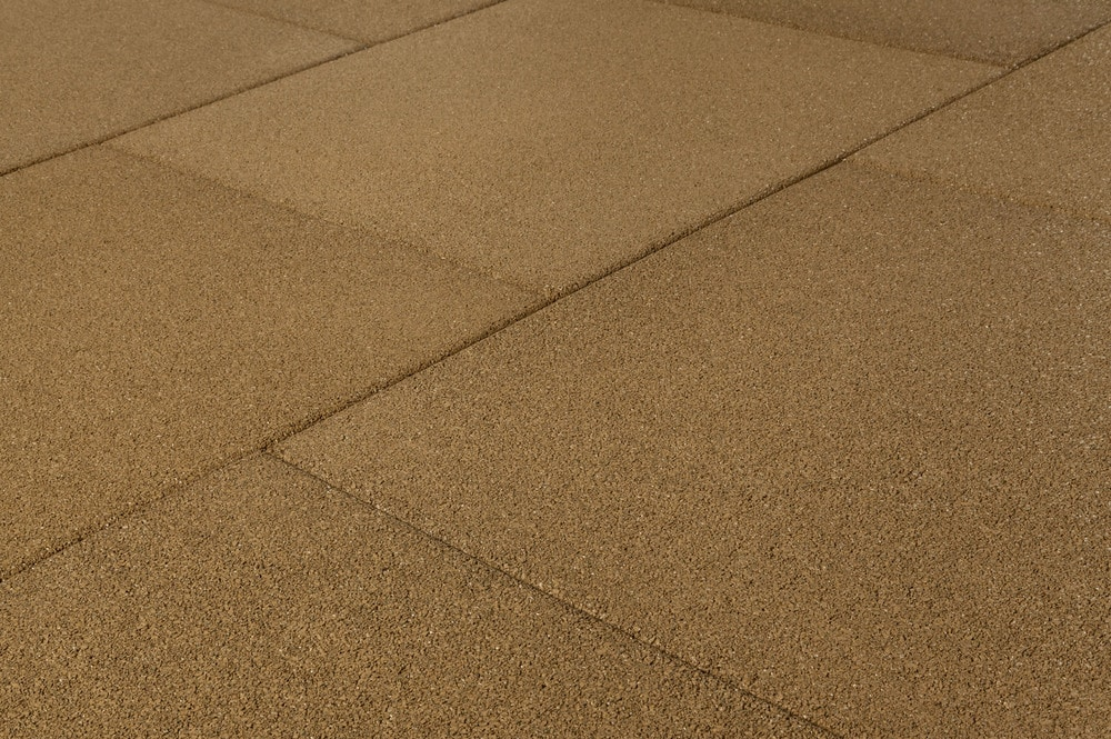brava-outdoor-interlock-beige-smooth-angle