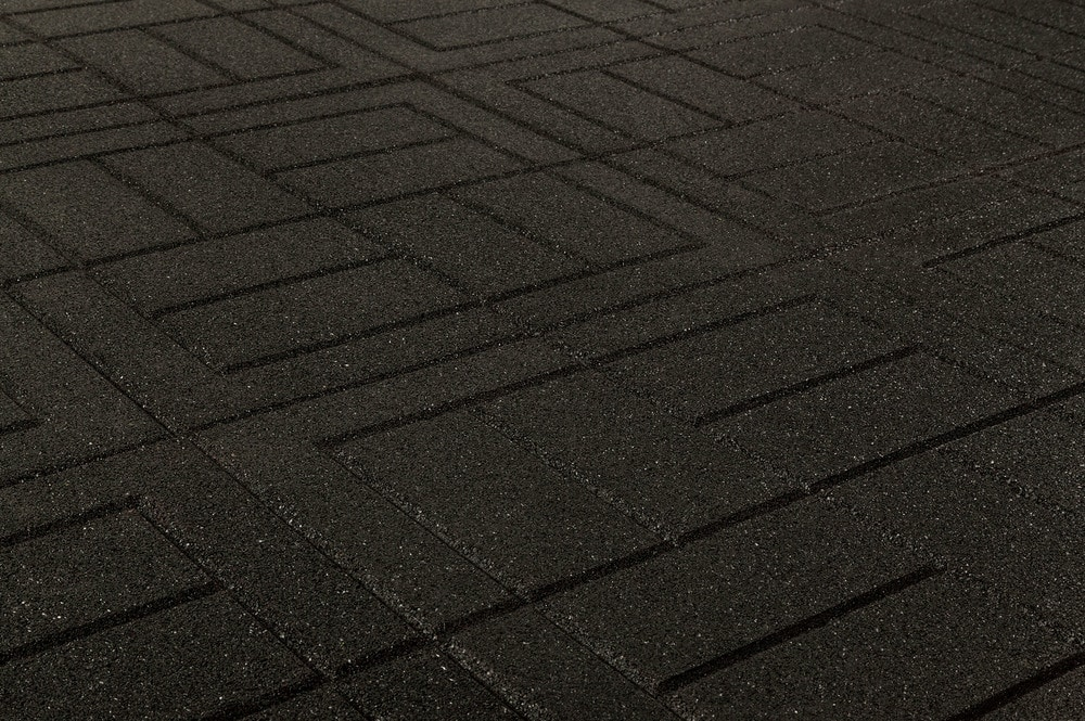 brava-outdoor-interlock-black-brick-angle