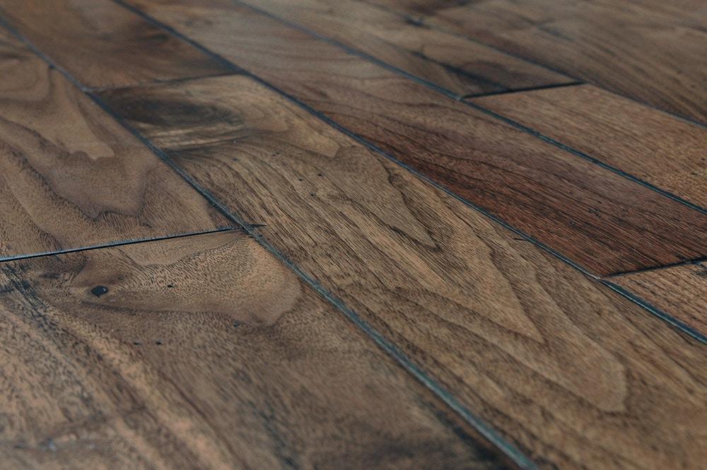 Vanier engineered hardwood handscraped mixed widths for Manufactured hardwood flooring