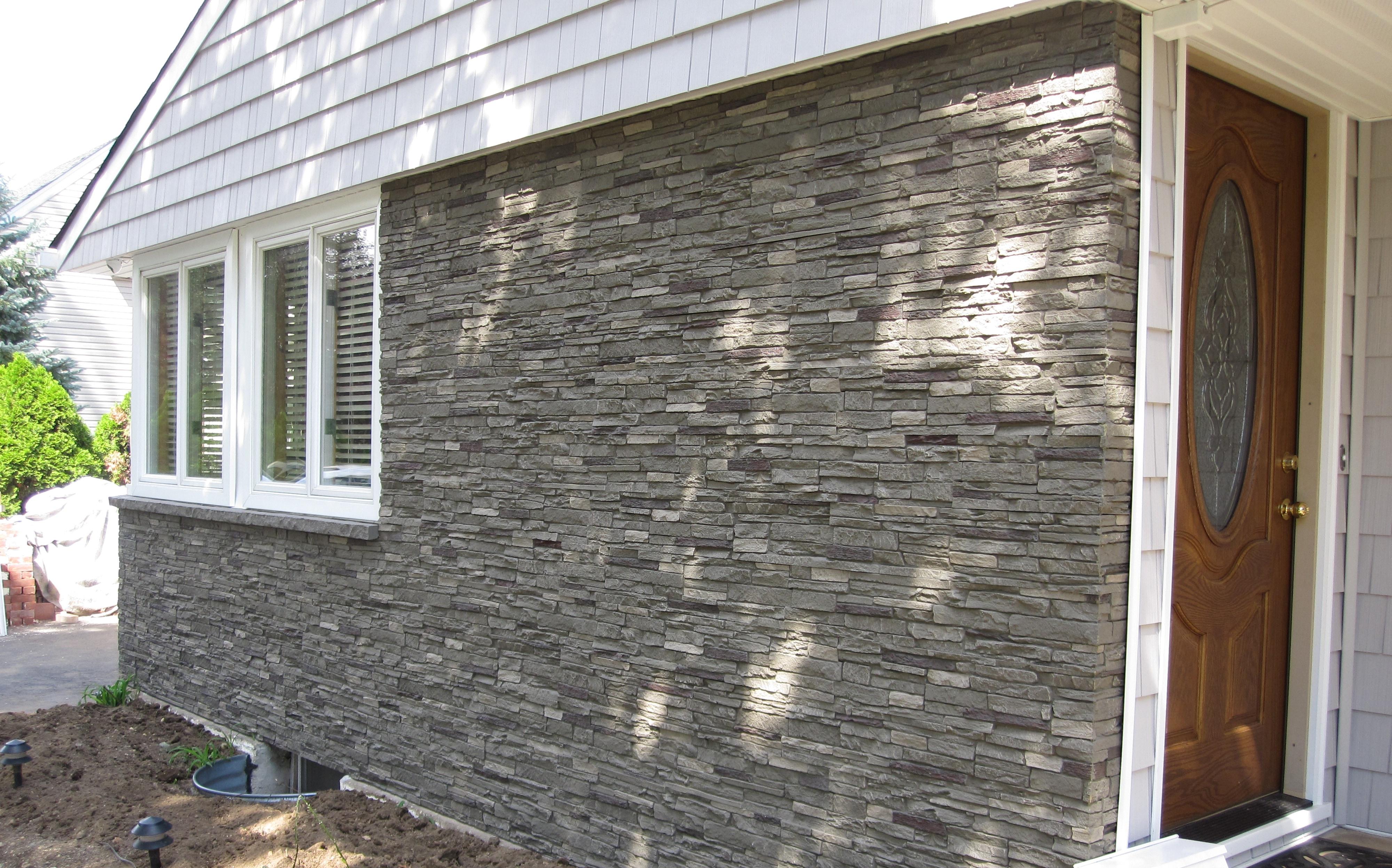 StoneWorks StoneWorks Faux Stone Siding - Slate Stone Iron / 17.12 on hardie board and batten siding, exterior decorative stone siding, exterior stone wainscot,