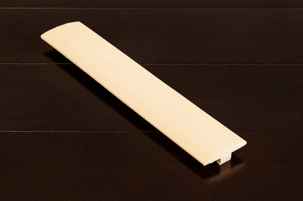 maple-t-molding-5-8x2-profile