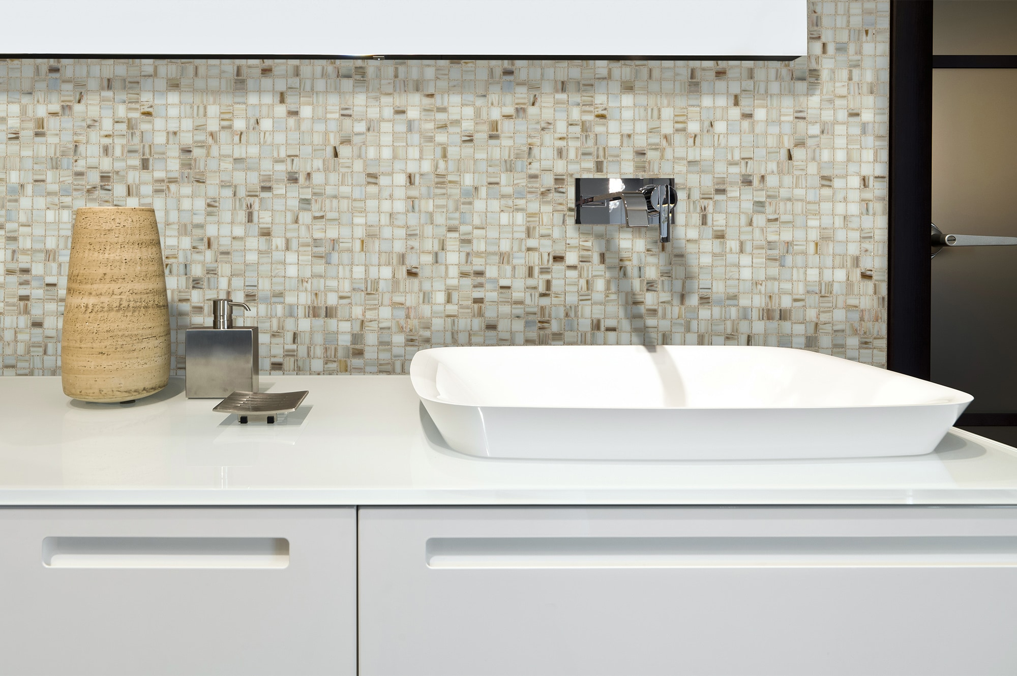 Cabot Glass Mosaic - Iridescent Series Ivory / 3/4\