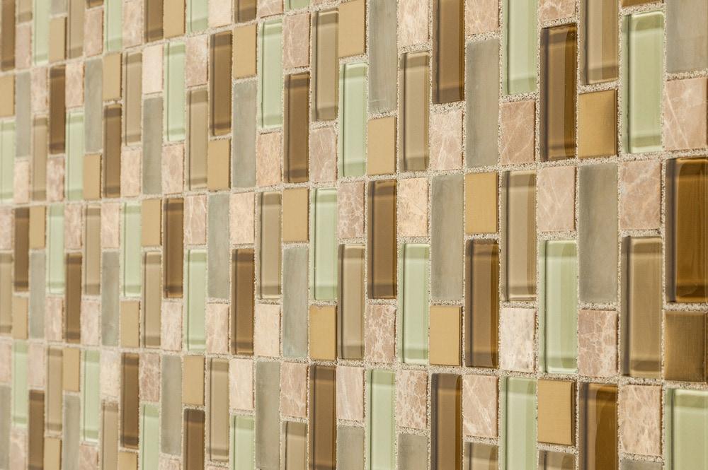 glass-stone-versailles-pattern-angle