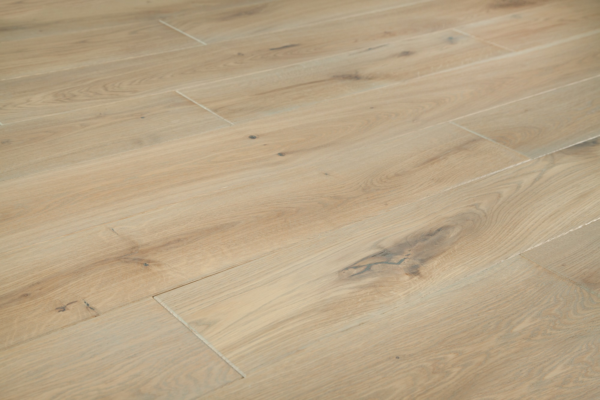 """Silver Titanium / European Oak / 6"""" Hardwood - European Brushed Oak Collection 0"""