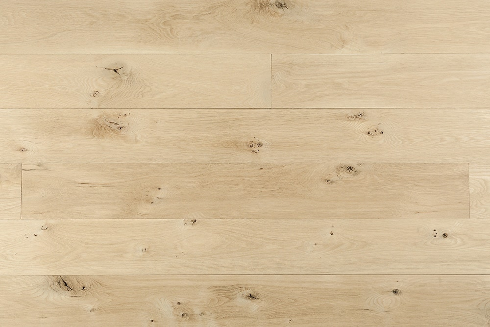 15101923-whiteoak-natural-8in-wirebrushed-multi