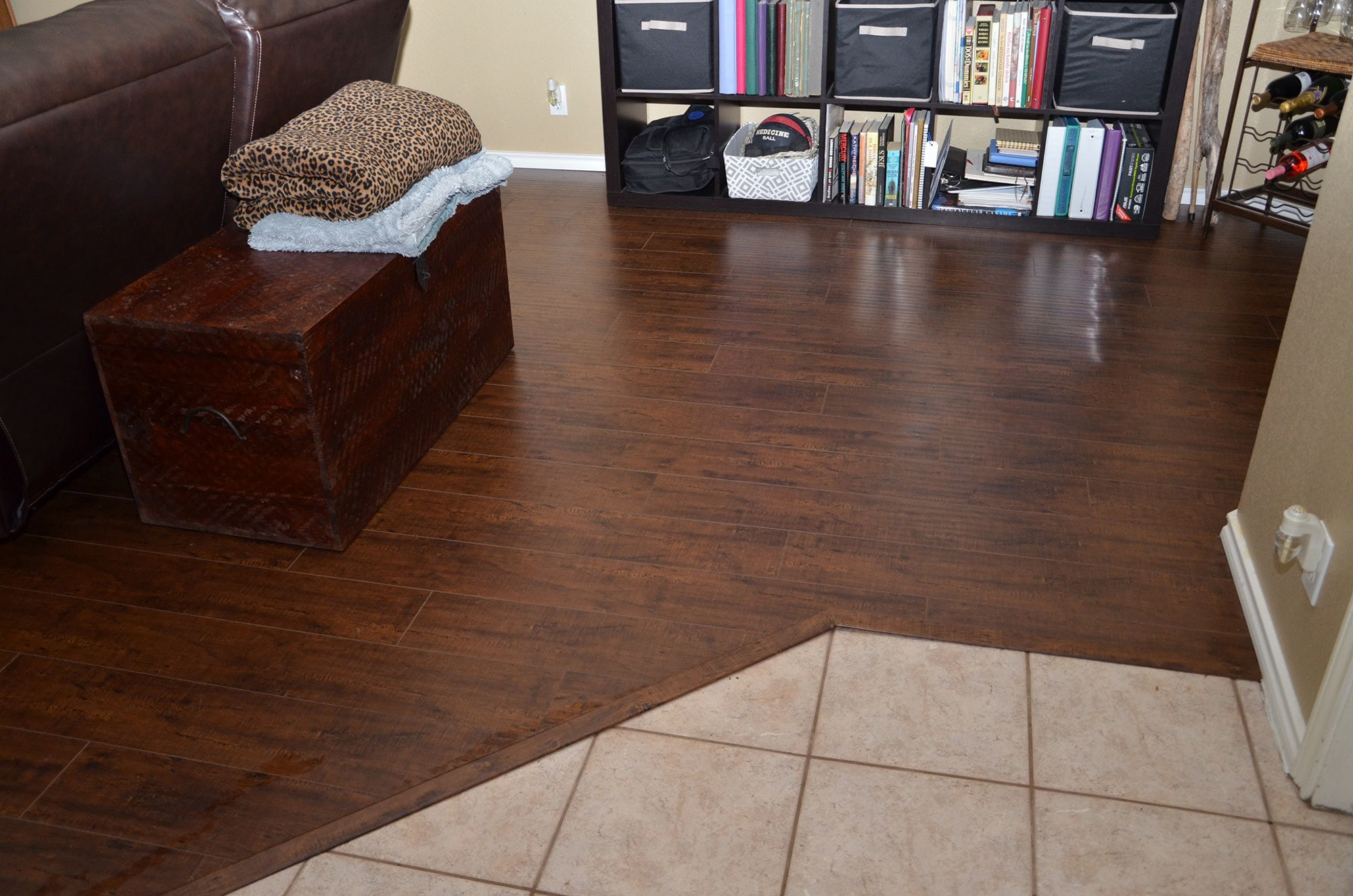Free Samples Lamton Laminate 12mm Exotic Wide Plank Collection Kashmir Walnut