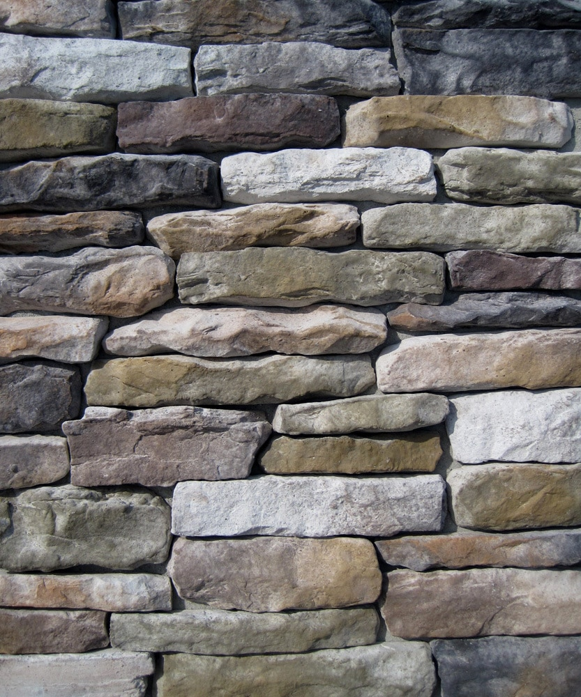 Free samples black bear manufactured stone ledge stone for Stone veneer house pictures