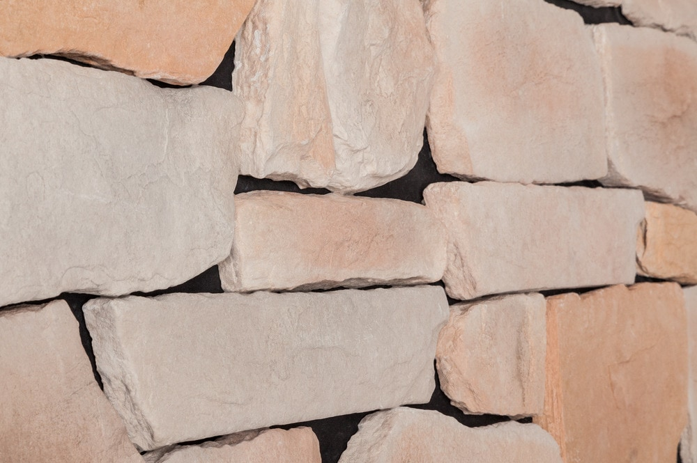 blackbear-random-rock-sunset-beige-angle