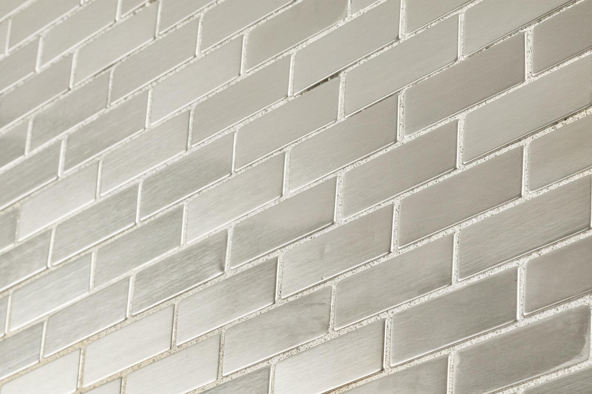 """cabot metal mosaic tile - metal series silver brick pattern / 1""""x2"""""""