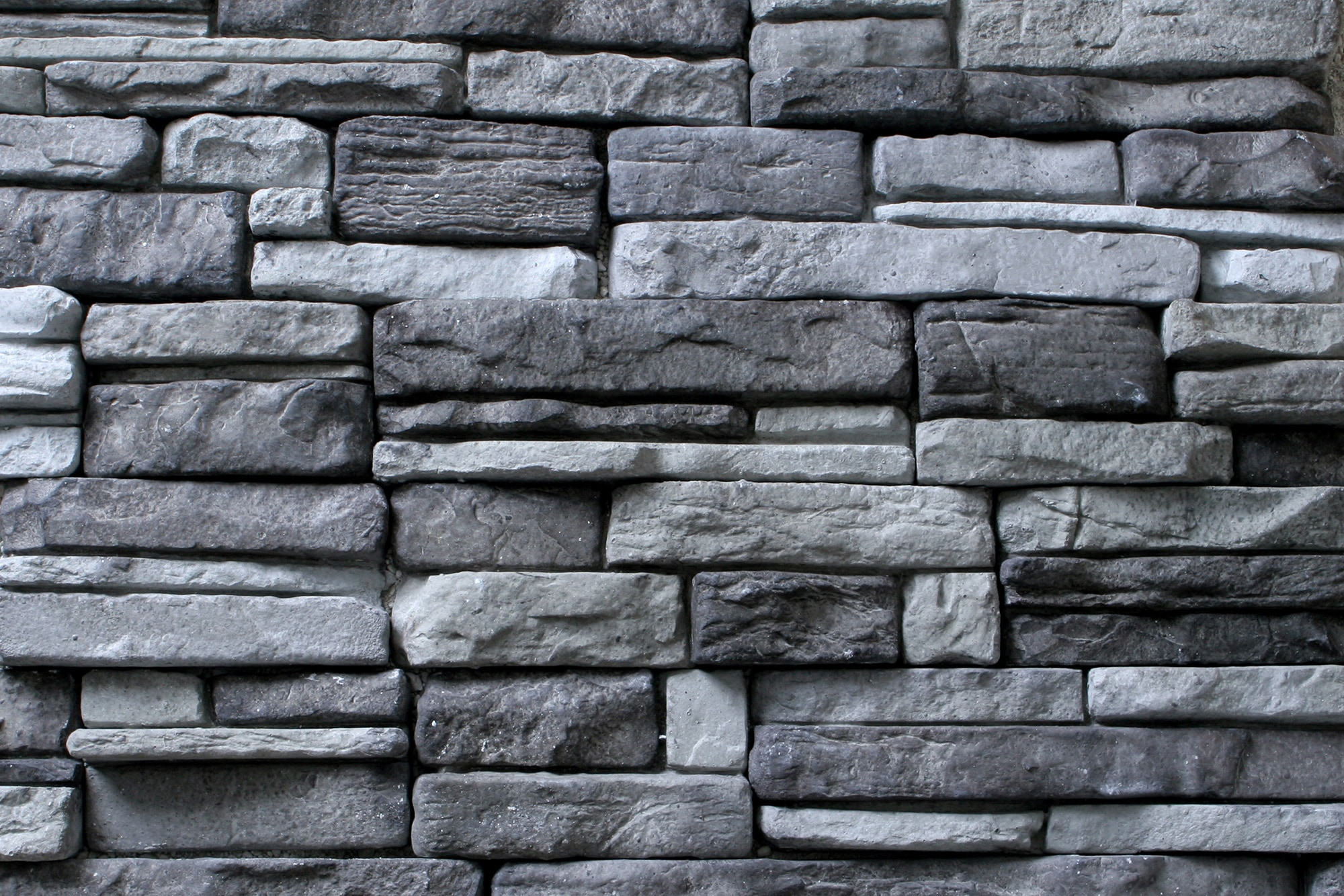 Kodiak Mountain Stone Manufactured Stone Veneer   Ready Stack Stone Panels  Glacier / Ready Stack / 120 Sq Ft Crate