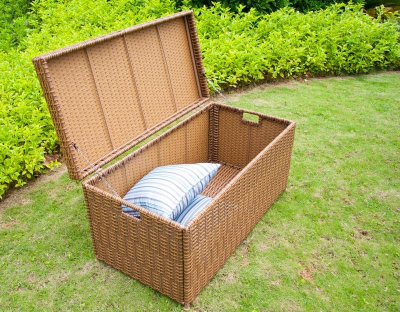 kontiki-honey-wicker-deck-box-open