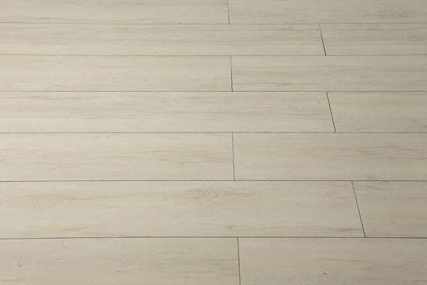 vesdura-hdf-weathered-wide-plank-hornbeam-white-multi