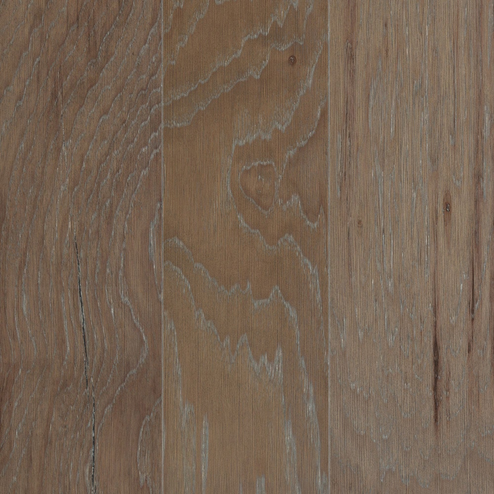 Mohawk flooring engineered hardwood taylor 39 s oak for Mohawk flooring