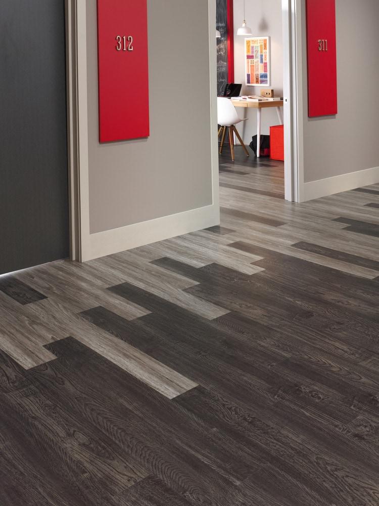 Mohawk flooring etchwise vinyl plank bombay 872 6 x 48 for Mohawk flooring headquarters
