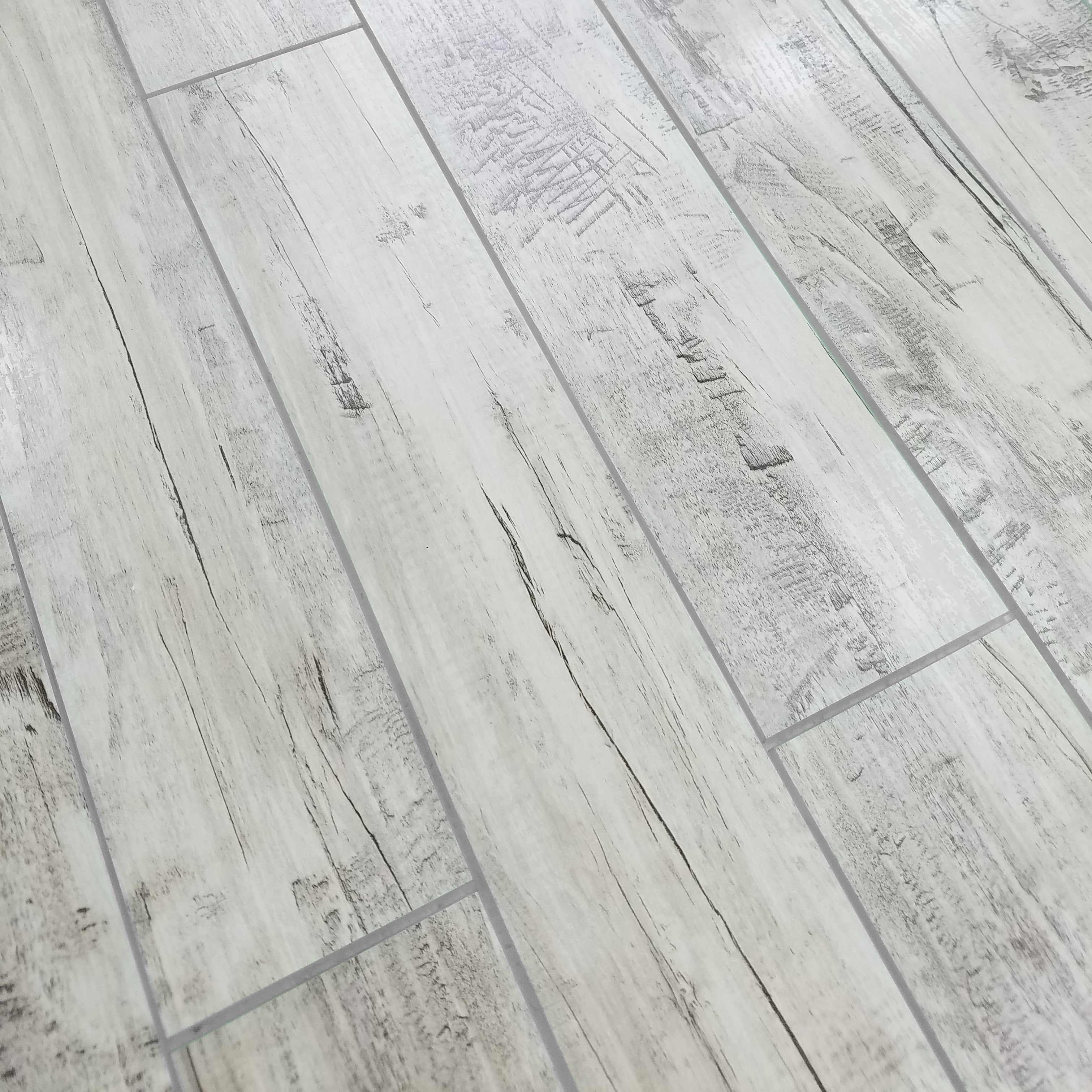 """Peel and Stick Birchwood Gray Straight Edge Glossy / 3""""x16"""" / Flat Nature Collection 0"""