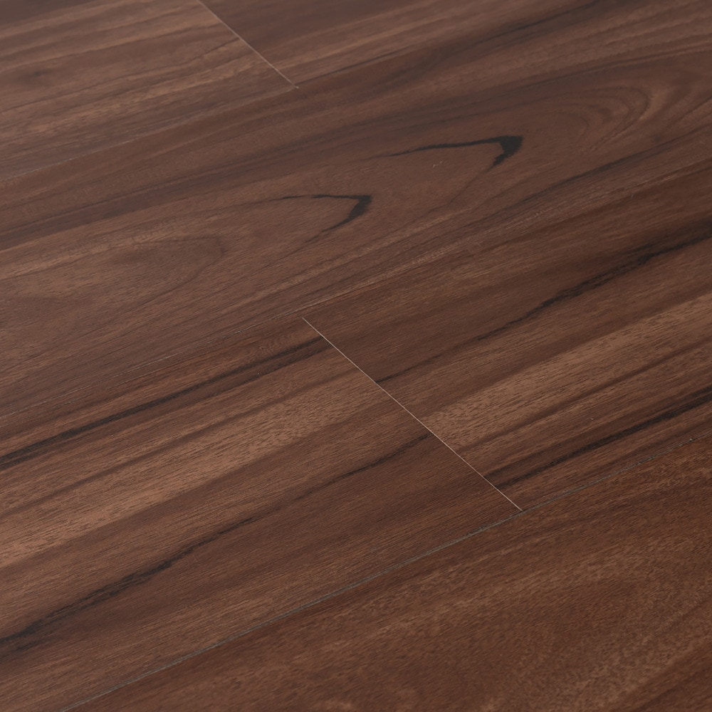 sterling_1_2_plank_hickory_angled_overview_5e223bf4638ef
