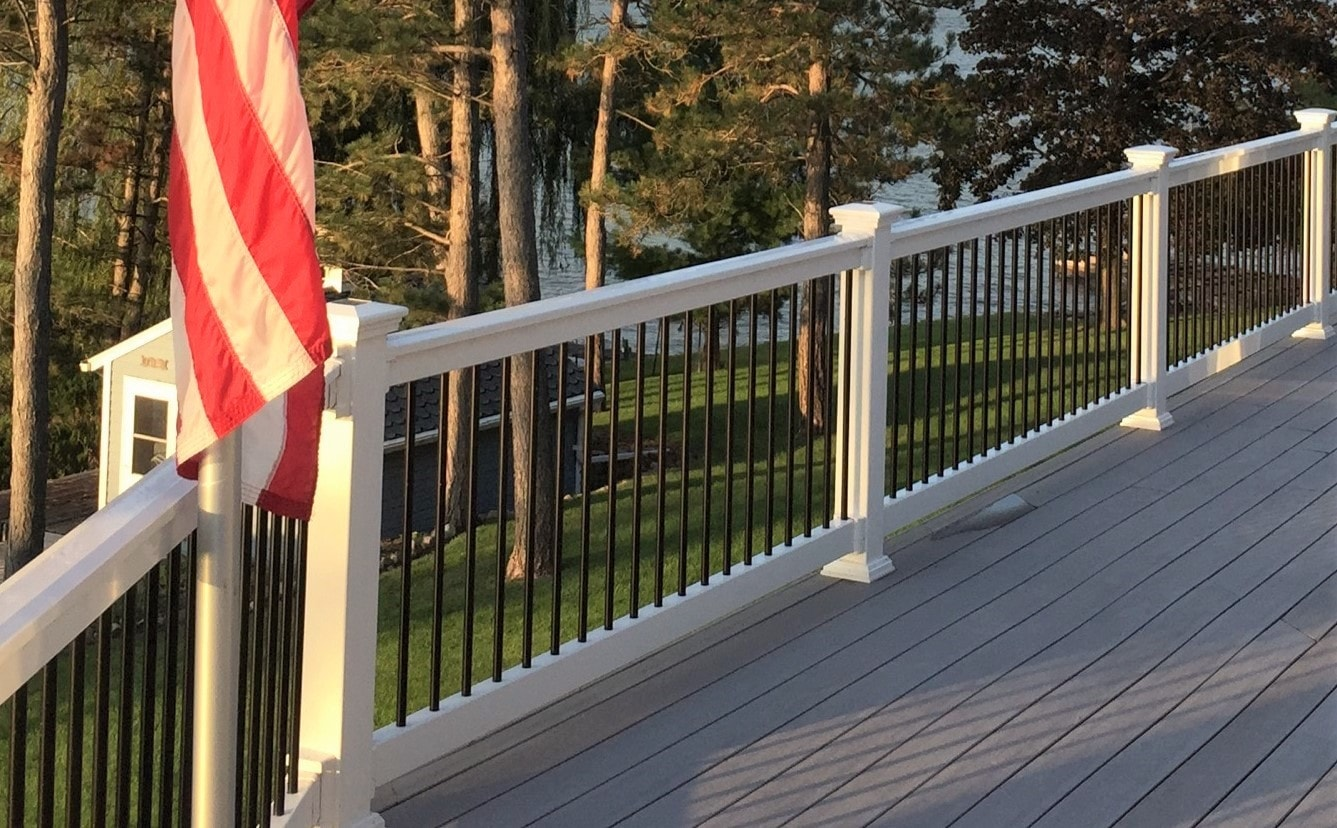 """WHITE - 42"""" x 8' Beaumont Straight Railing with BLACK Round Aluminum Spindles. / Commercial Grade / Heavy Duty / 42""""  X 96"""" Deck Railings 0"""