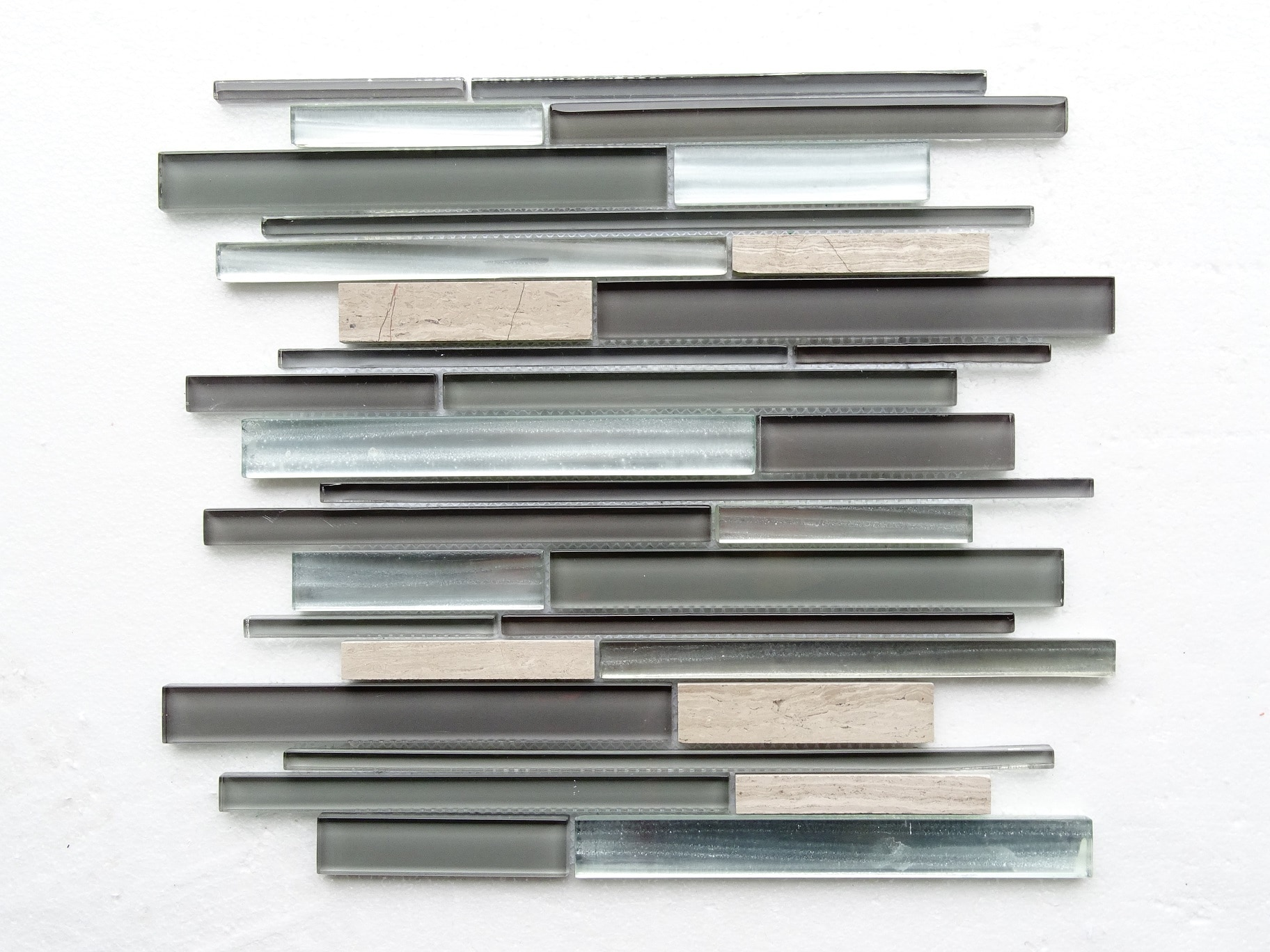 "Gray Stone / 14""x12""x8mm Linear Series 0"
