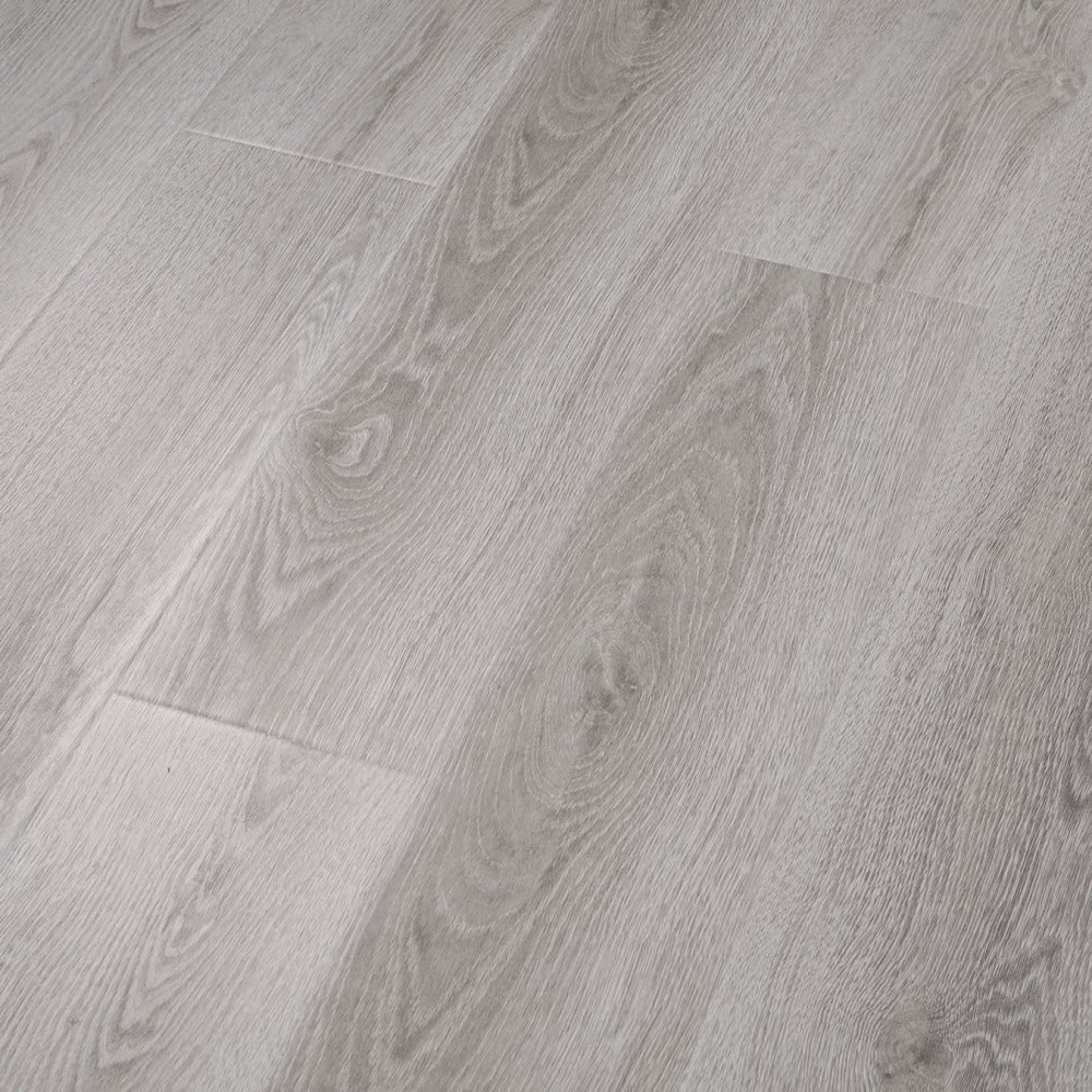 Porto / 12 / AC3 Laminate - 12mm AC3 Woodlands Collection 0