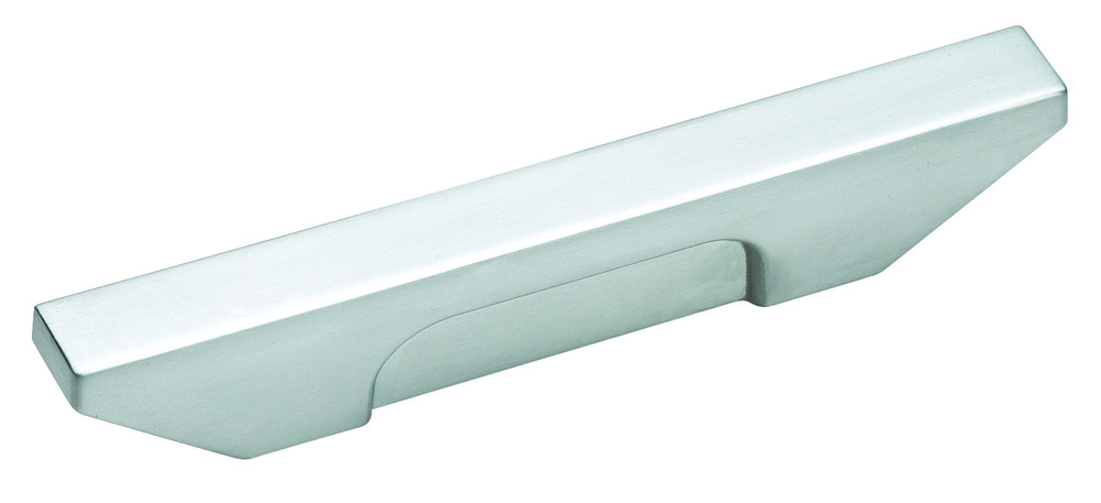brushed_chrome_pull_amerock_cabinet_hardware_sleek_bp2613426d_silo_59a81dda27230