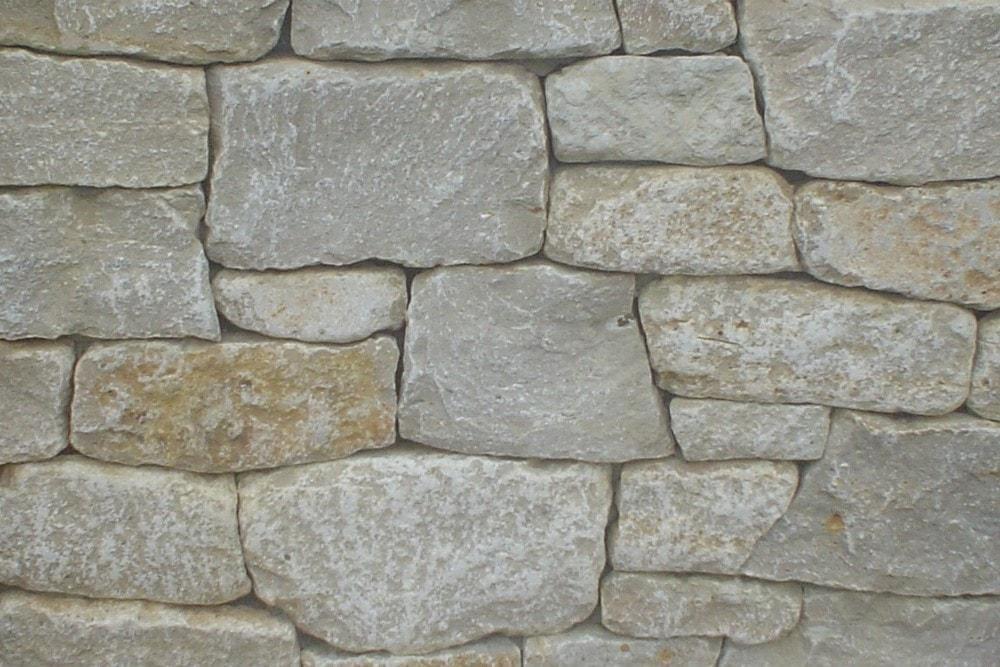 winnebago_tubled_natural_stone_veneer_58c1c56cdf3af