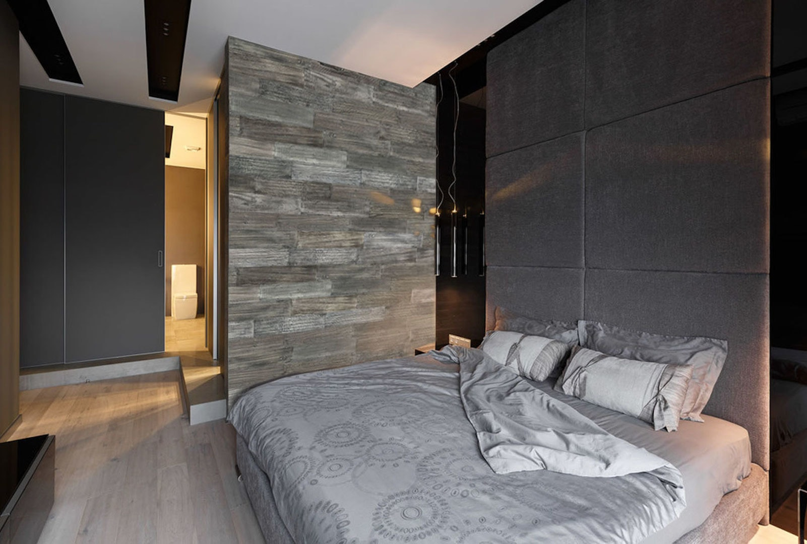 Smart Wall Paneling 3D Barn Wood Gray Reclaimed DIY Smart Wall Planks (10  Sq. Ft. / Case) Barn Wood / 23.75 X 5 X 0.25 (in.)