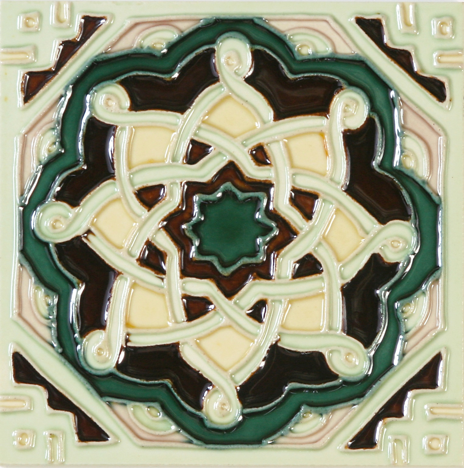 Hand-Painted Ceramic Glazed Wall Tile in Laberinto Hand-Painted Ceramic Glazed Wall Tile in Laberinto 0