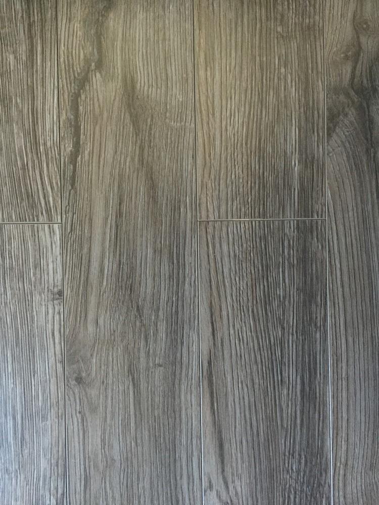 Dekorman Laminate HAMPSHIRE Collection 12mm Grey Coal Oak