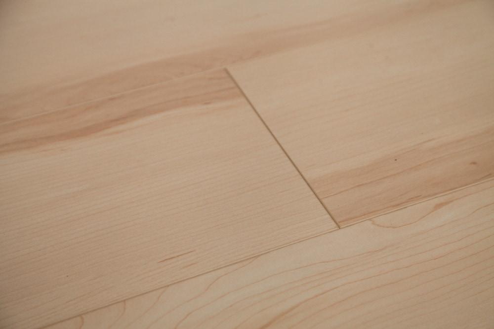 Free Samples Dekorman Laminate Ridge Collection 12mm Maple Natural