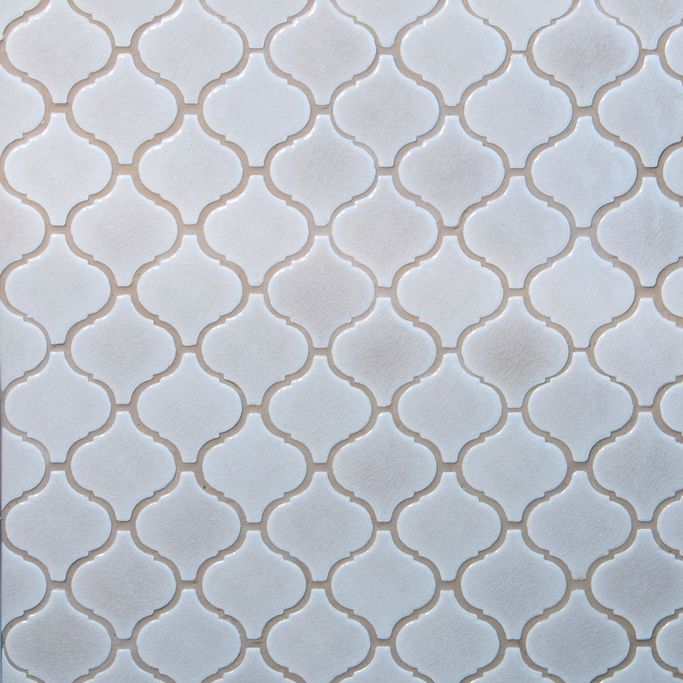 "White and Beige / 3""x3"" Arabesque Pattern Glass Mosaics 0"