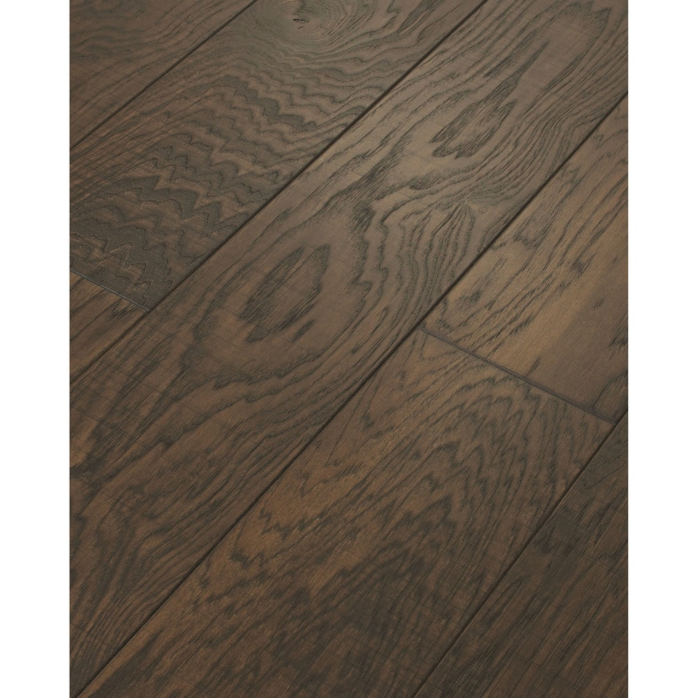 Walking tall engineered tennessee plank vintage iroquois for Aluminum oxide flooring