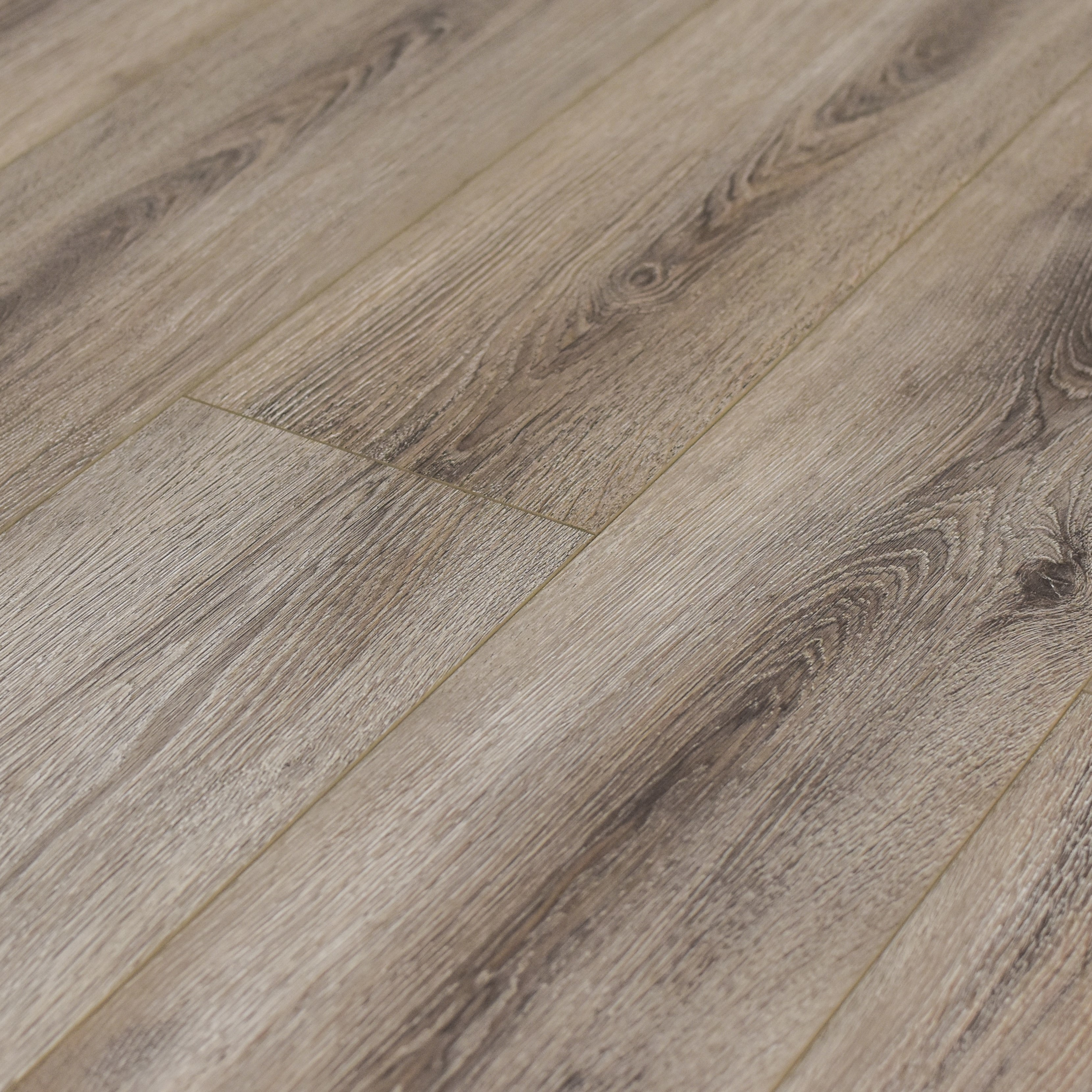 Lustrous Taupe / 12 / AC3 Laminate - 12mm AC3 - Marquis Collection 0