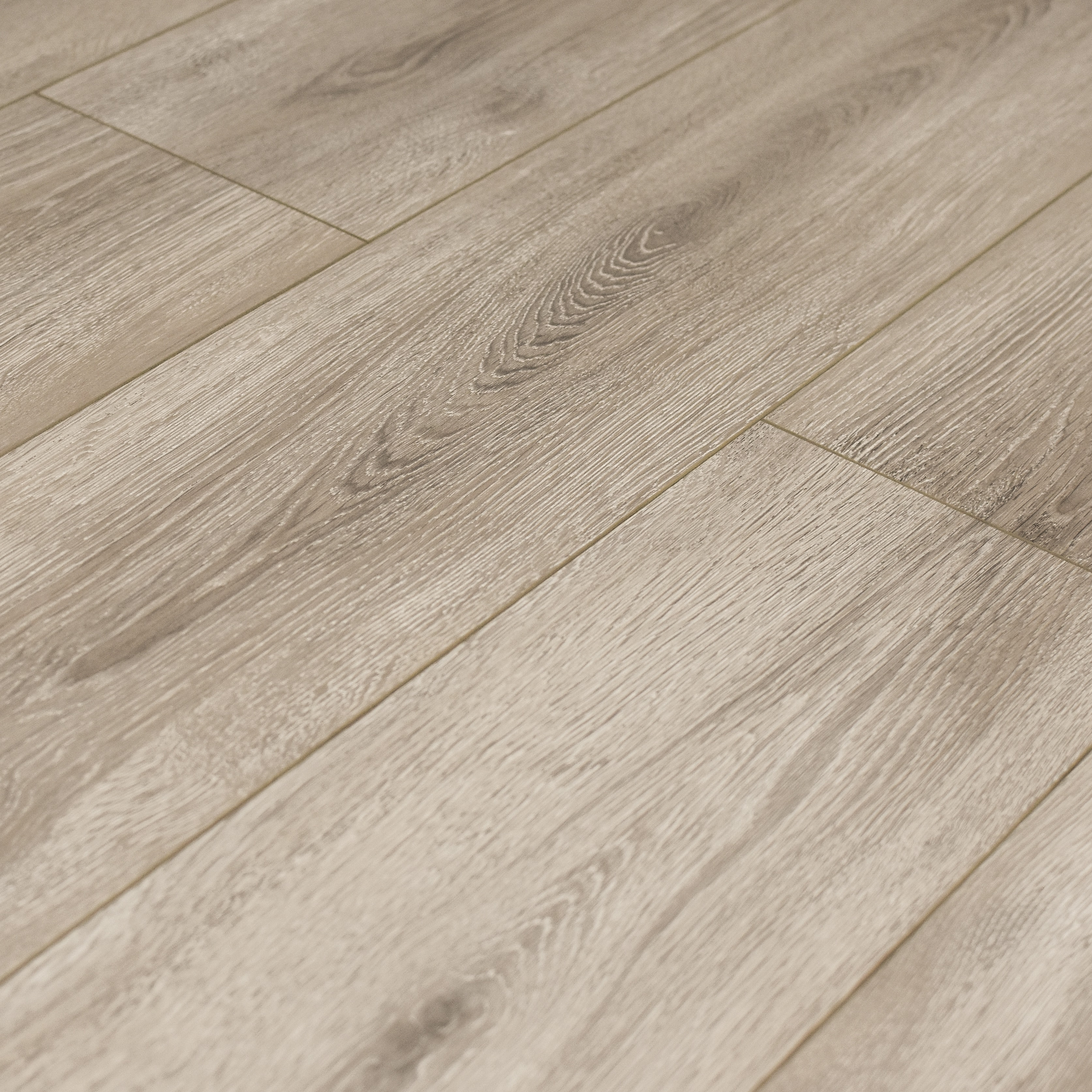 Tinted Sterling / 12 / AC3 Laminate - 12mm AC3 - Marquis Collection 0