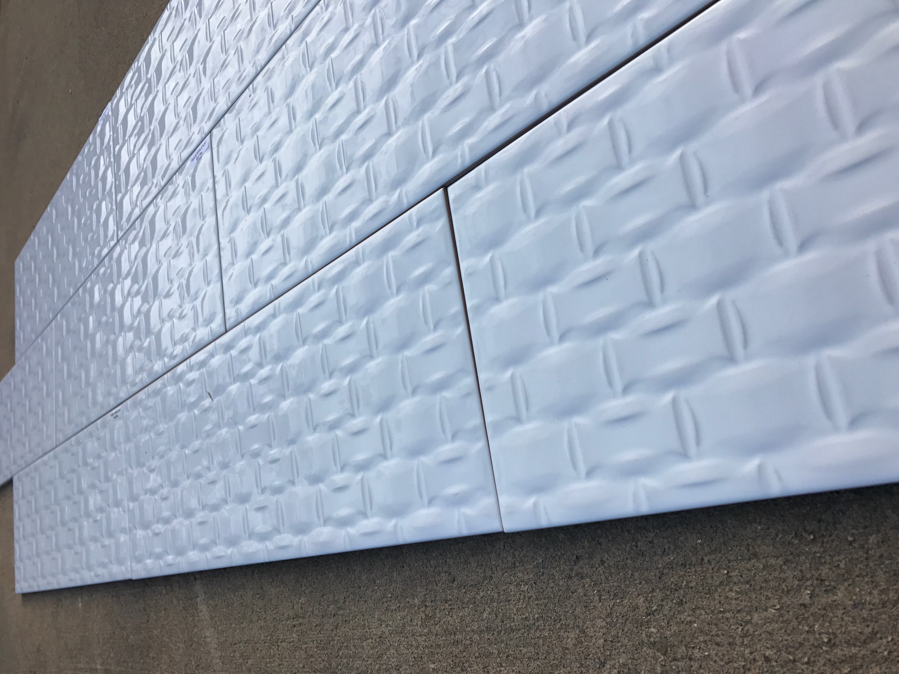 """Carpella White / 8""""x24"""" Size (3/8)"""" Height or Thinckness / 3D Embossed Polished 3D Embossed Tiles 0"""